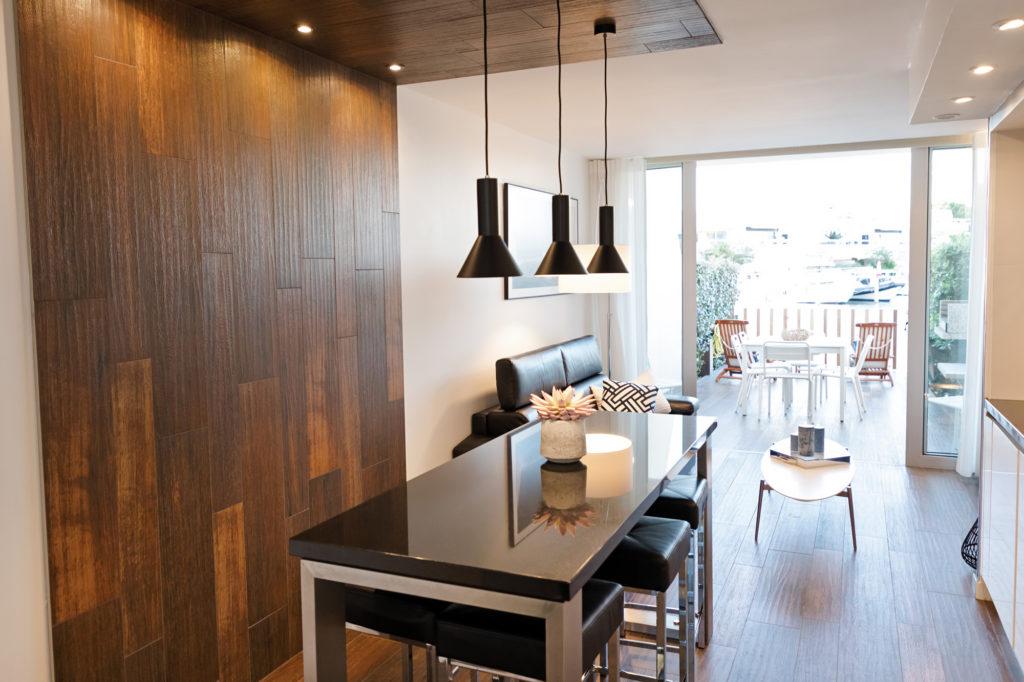 NS Guesthouse - Marina haut de gamme à Port Camargue France - La cuisine